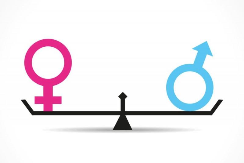 Le donne, la parità e la torcia della libertà
