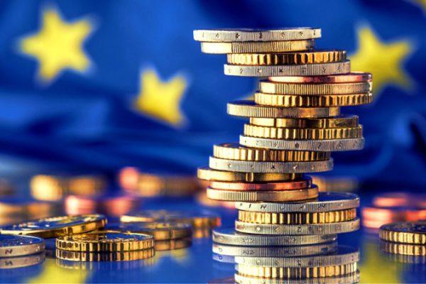 Il bivio di fronte i 209 miliardi: o tradizione (italianista) o ricostruzione