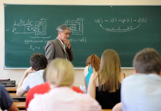 I risultati di un sistema scolastico reso mediocre